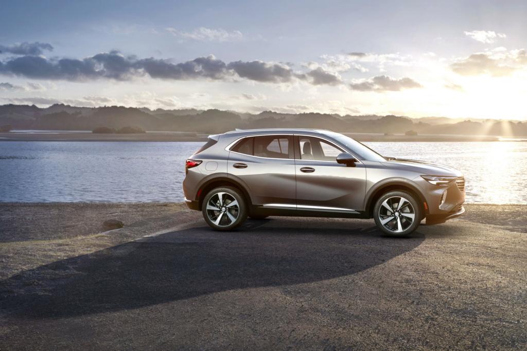 2020 - [Buick] Envision 2021-b35