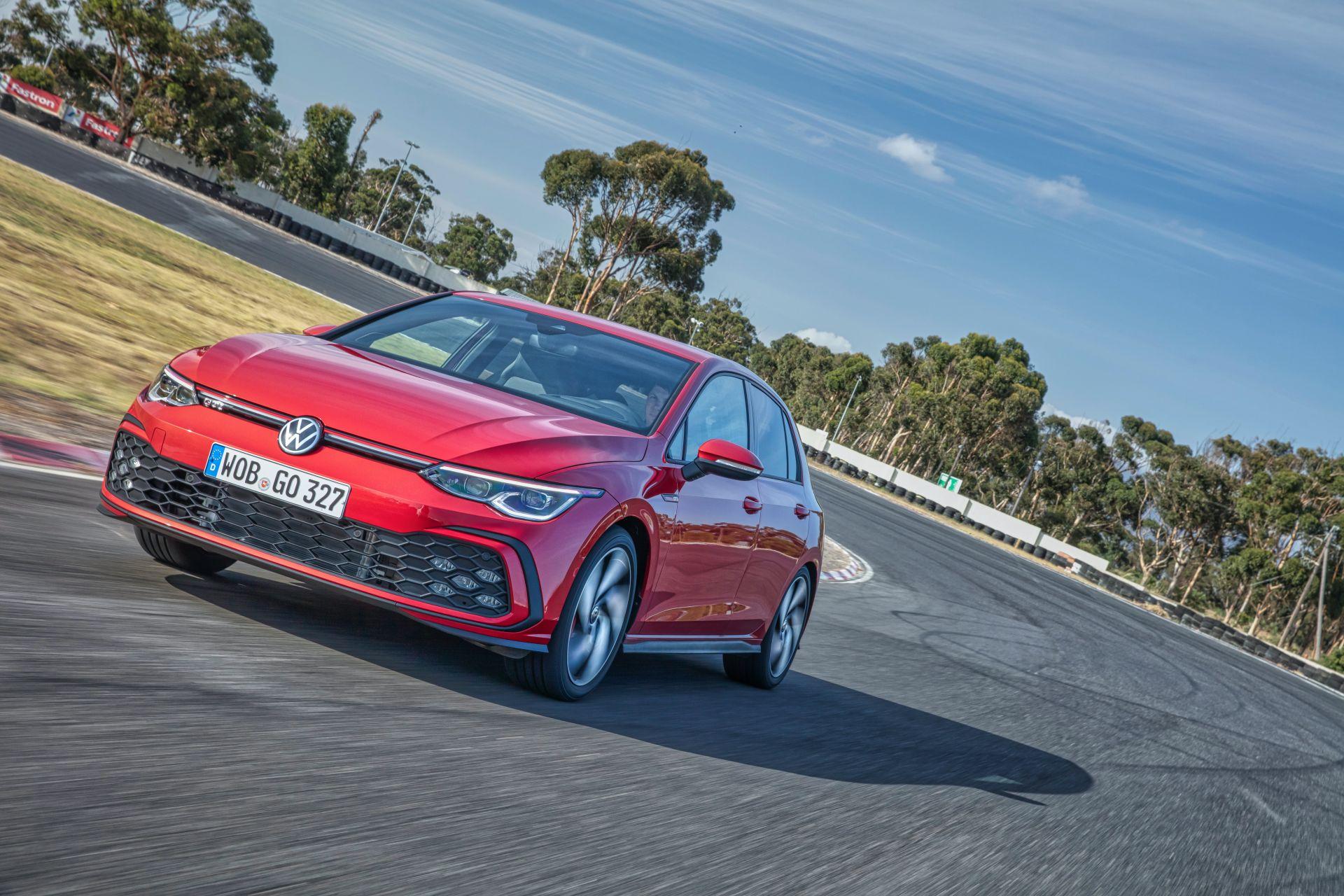 2020 - [Volkswagen] Golf VIII - Page 13 2021-v23