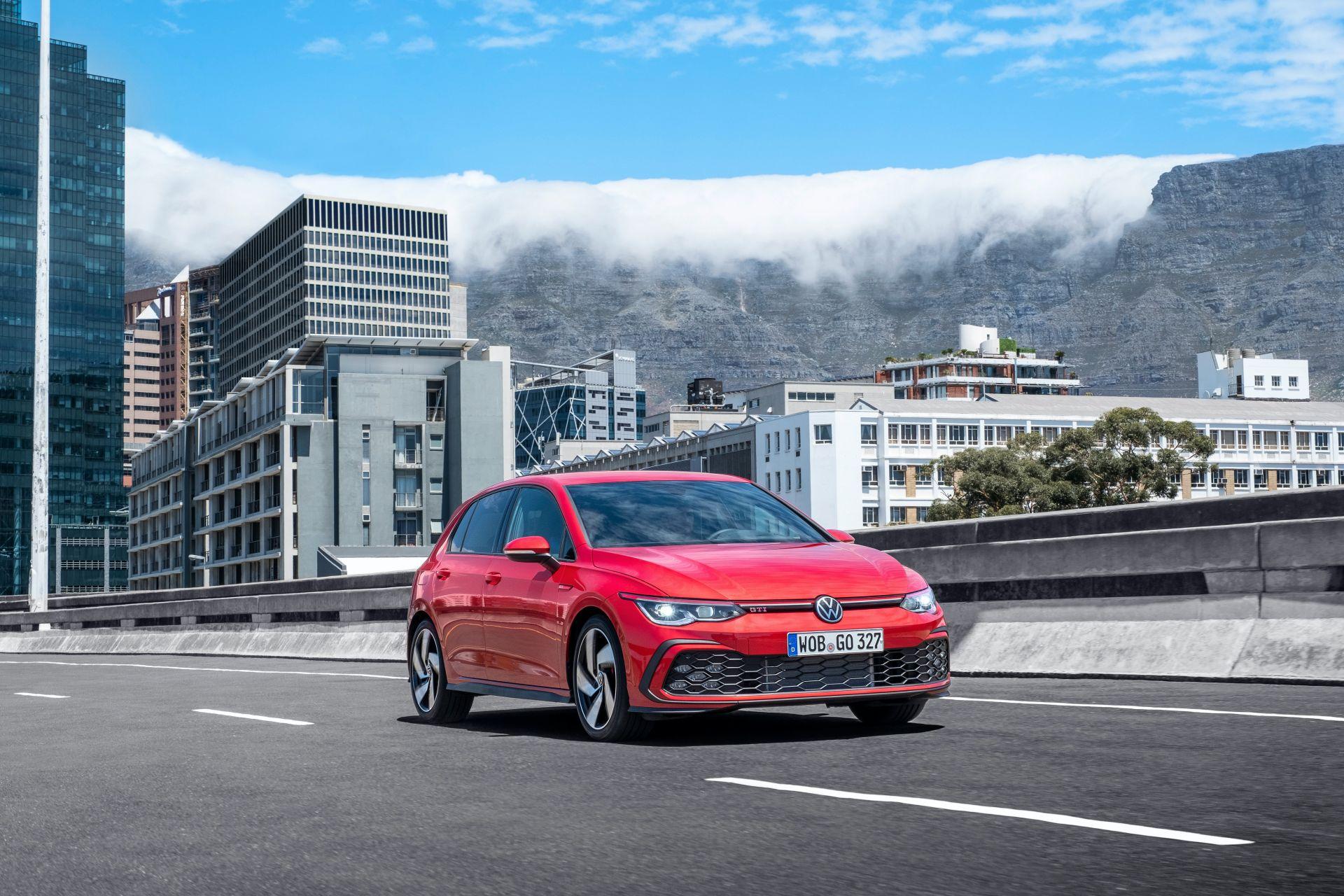 2020 - [Volkswagen] Golf VIII - Page 13 2021-v28