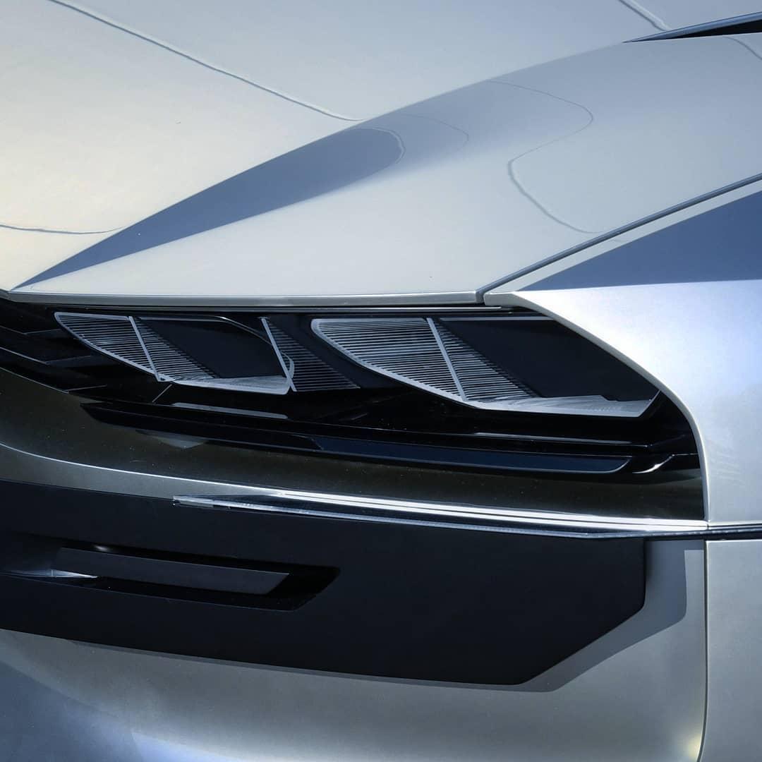 2018 - [Peugeot] e-Legend Concept - Page 6 40893810