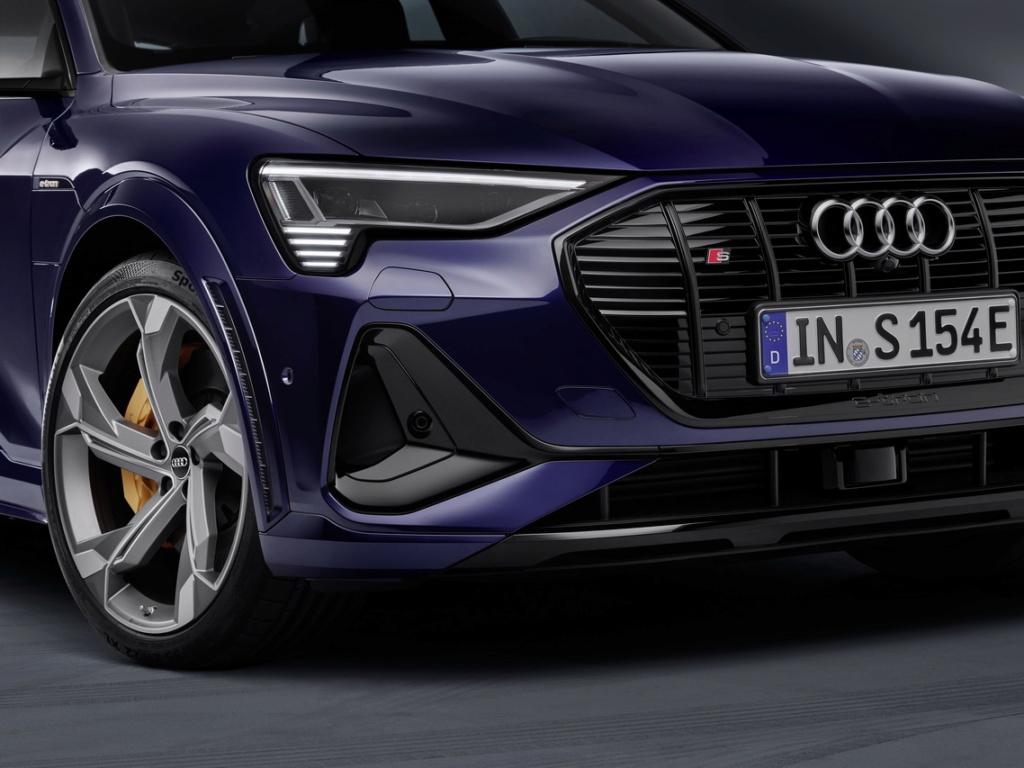 2018 [Audi] E-Tron Quattro - Page 7 Audi-e10