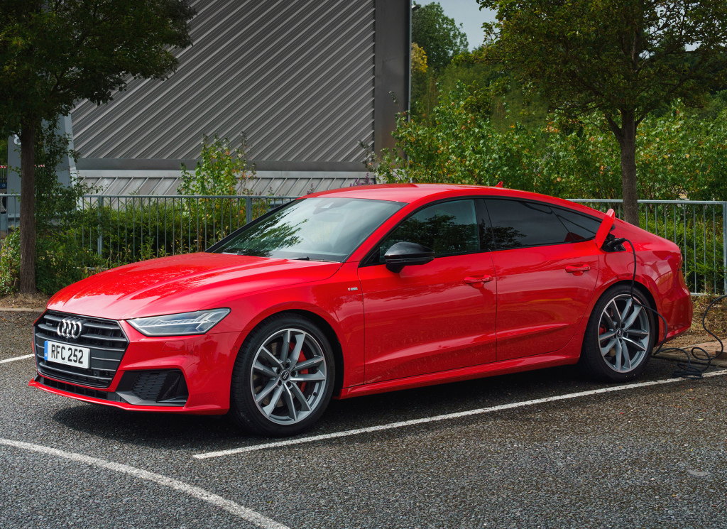 2017 - [Audi] A7 Sportback II - Page 10 Audi_a37