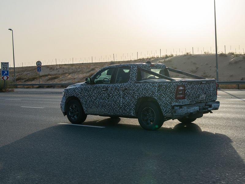 2017 - [Jeep] Grand Wagoneer - Page 3 Auto-j12