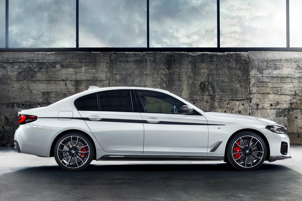 2020 - [BMW] Série 5 restylée [G30] - Page 10 Bmw_5411