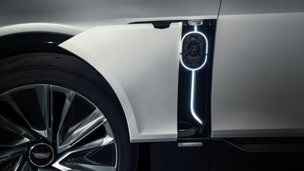 2020 - [Cadillac] Lyriq Cadill35