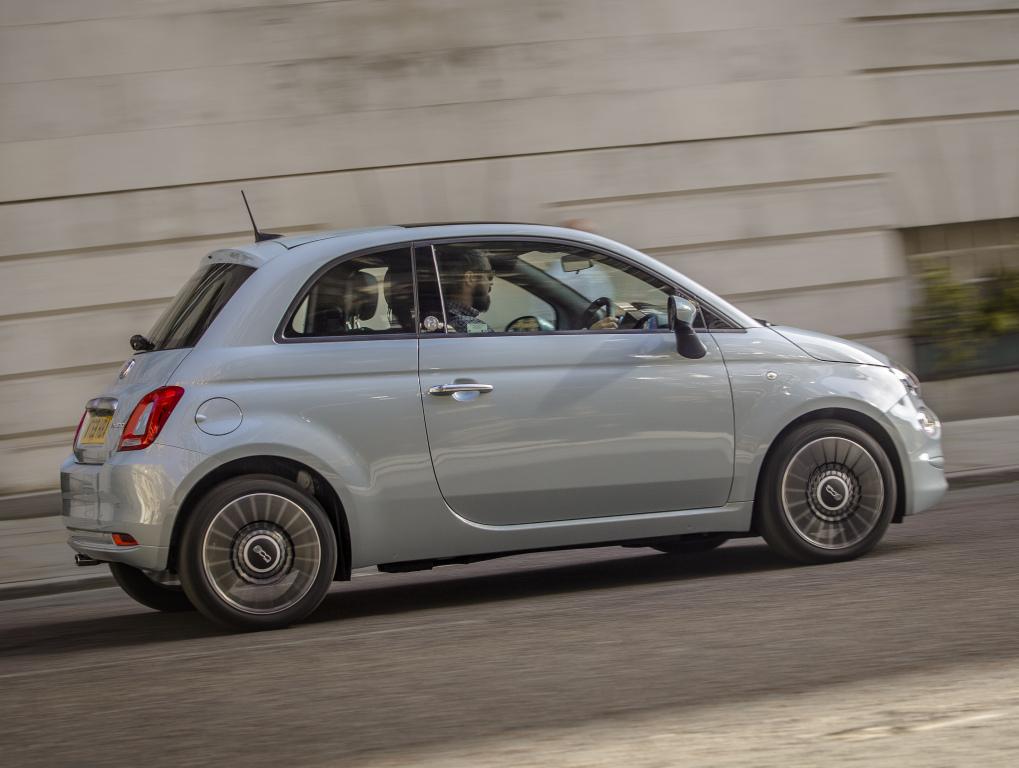 2015 - [Fiat] 500 Restylée - Page 24 Fiat_528