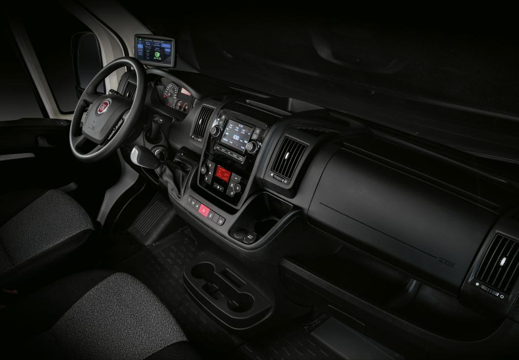 2014 - [Citroën/Peugeot/Fiat] Jumper/Boxer/Ducato - Page 13 Fiat_e12