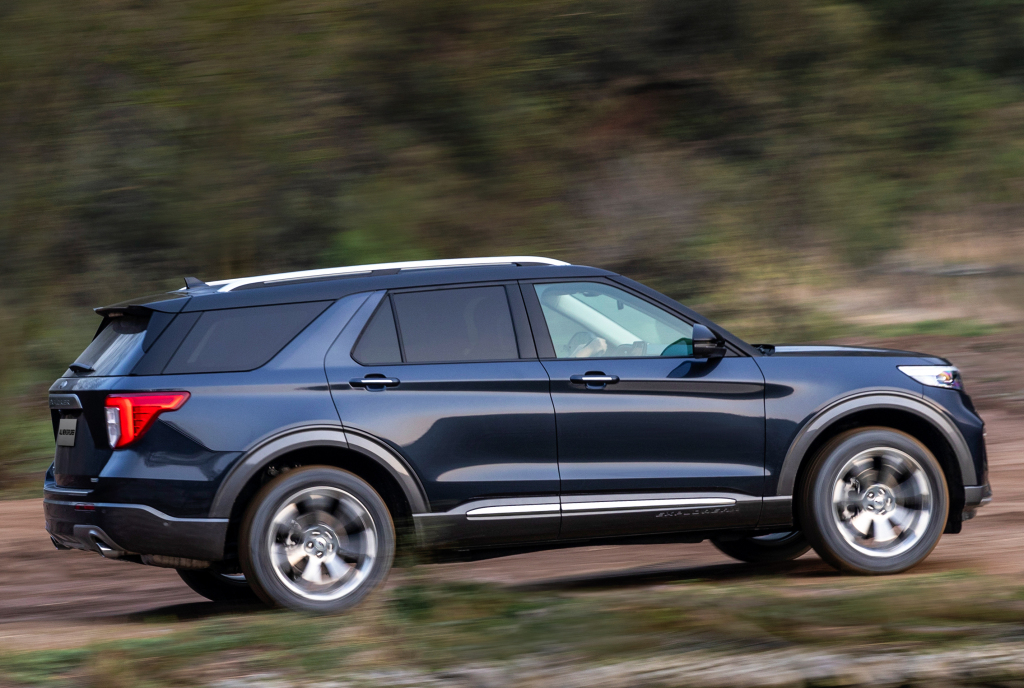 2019 - [Ford] Explorer - Page 3 Ford_e21