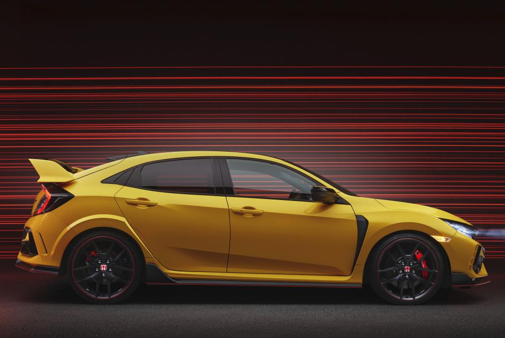 2017 - [Honda] Civic Hatchback [X] - Page 11 Honda_50