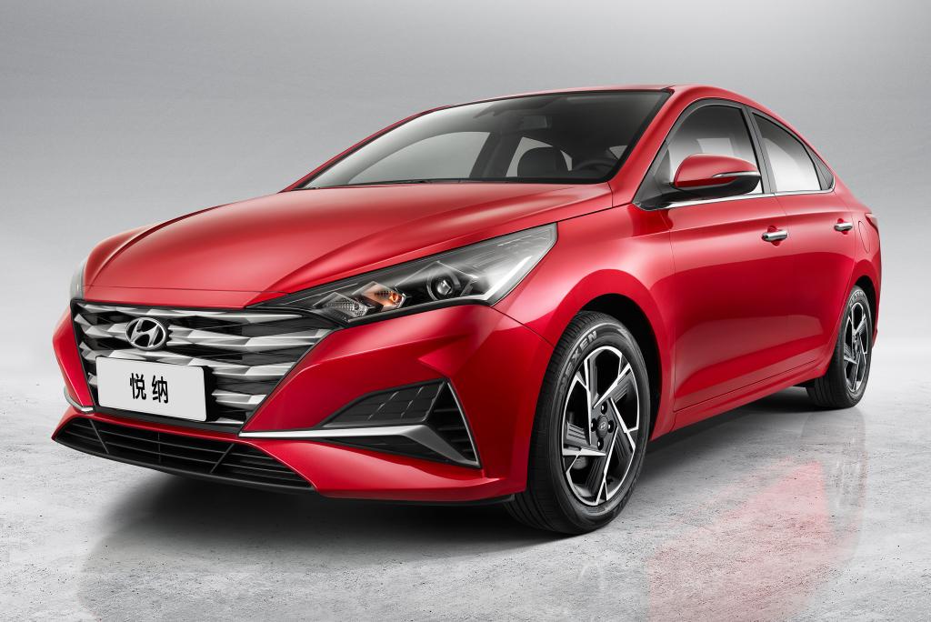 2017 - [Hyundai] Accent Hyunda45