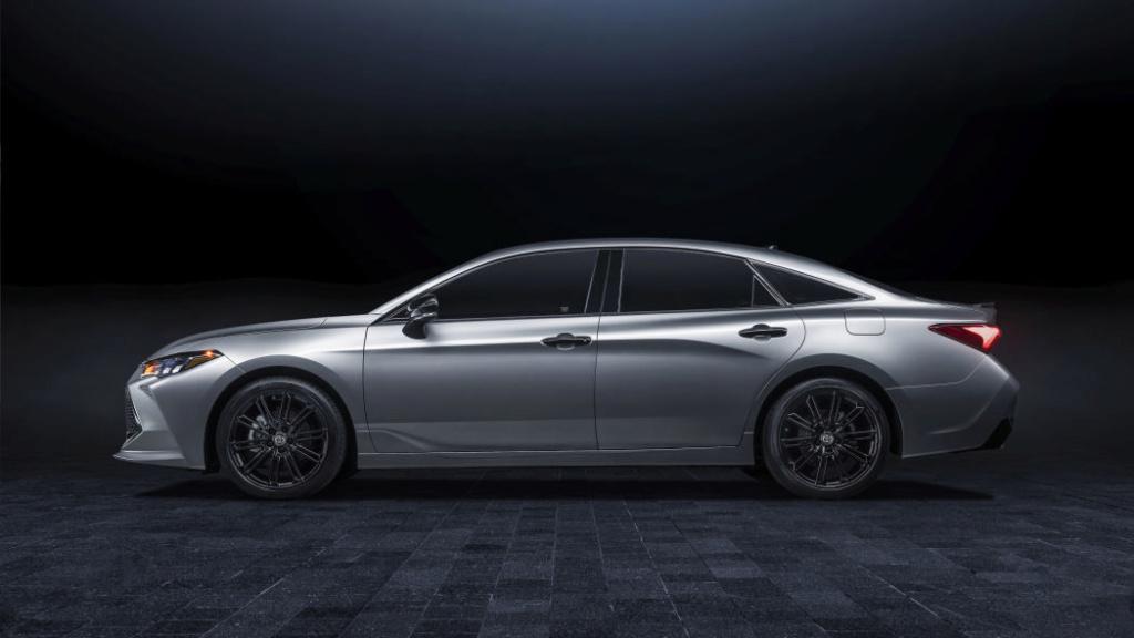 2018 - [Toyota] Avalon My21_a11