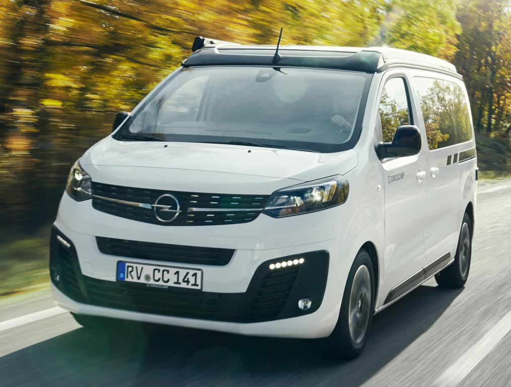 2016 - [Citroën/Peugeot/Toyota] SpaceTourer/Traveller/ProAce - Page 39 Opel_c38
