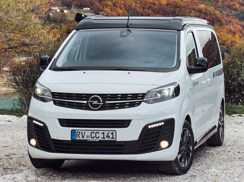 2016 - [Citroën/Peugeot/Toyota] SpaceTourer/Traveller/ProAce - Page 39 Opel_c39