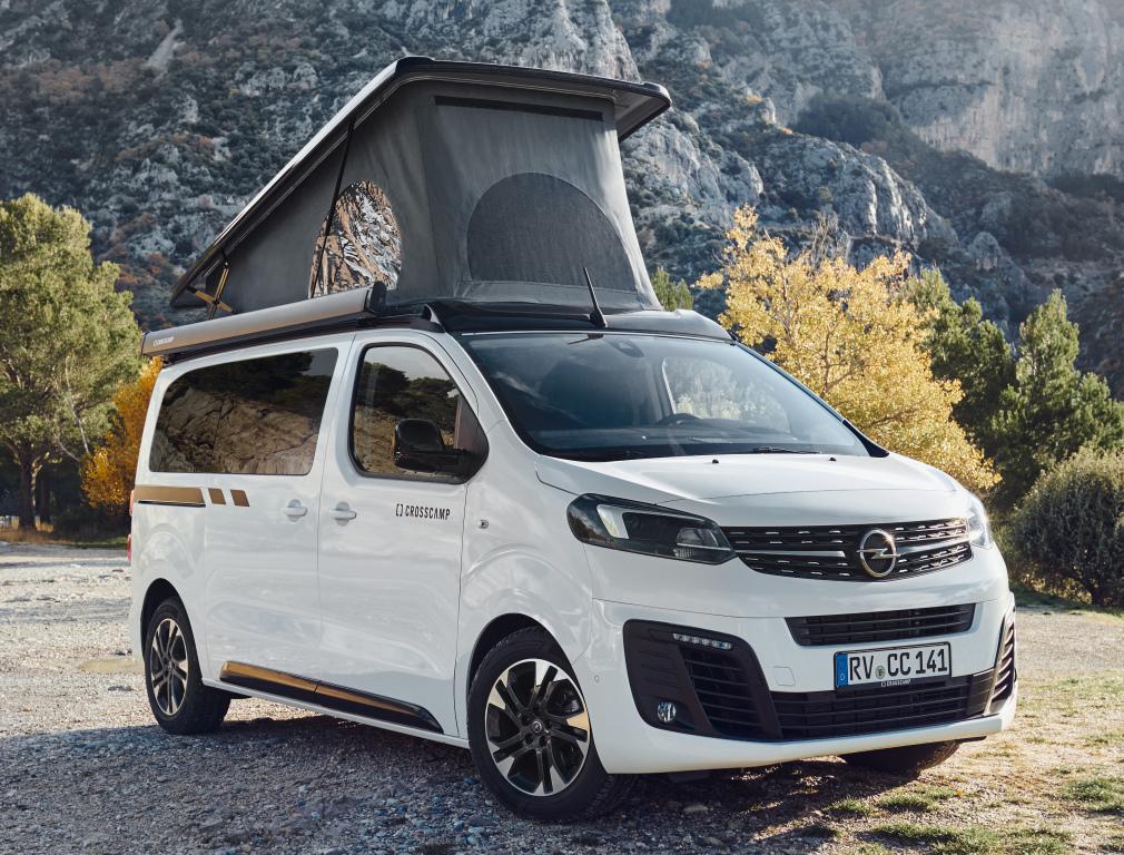 2016 - [Citroën/Peugeot/Toyota] SpaceTourer/Traveller/ProAce - Page 39 Opel_c43