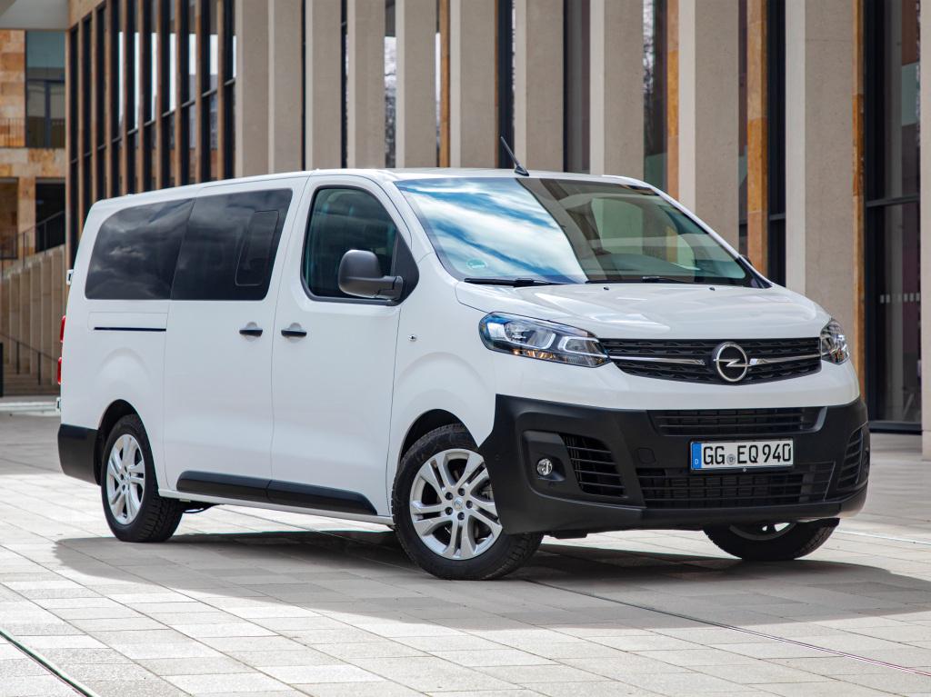 2016 - [Citroën/Peugeot/Toyota] SpaceTourer/Traveller/ProAce - Page 39 Opel_v10