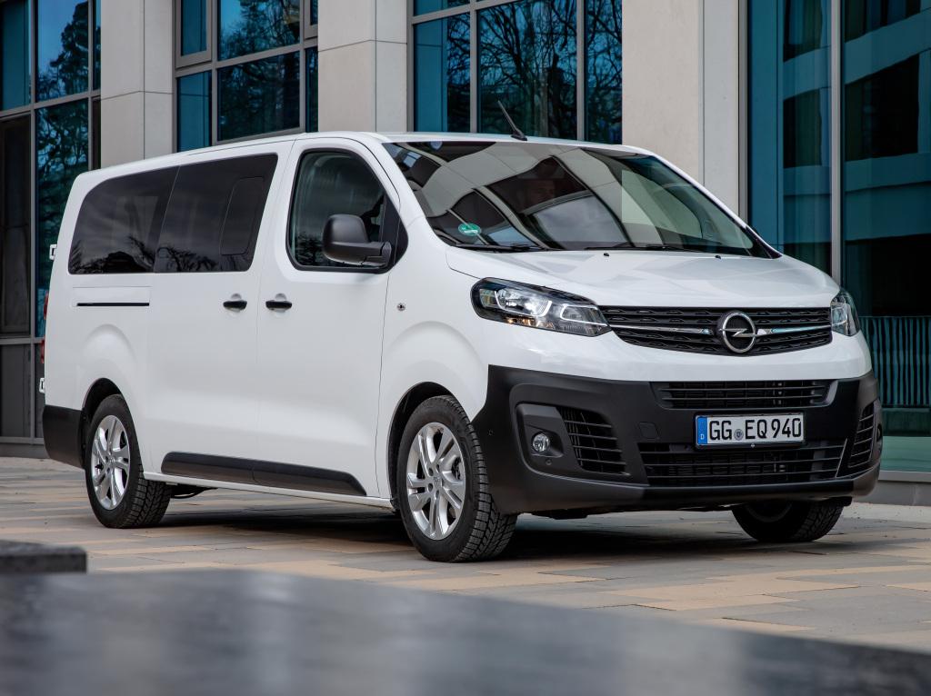2016 - [Citroën/Peugeot/Toyota] SpaceTourer/Traveller/ProAce - Page 39 Opel_v13