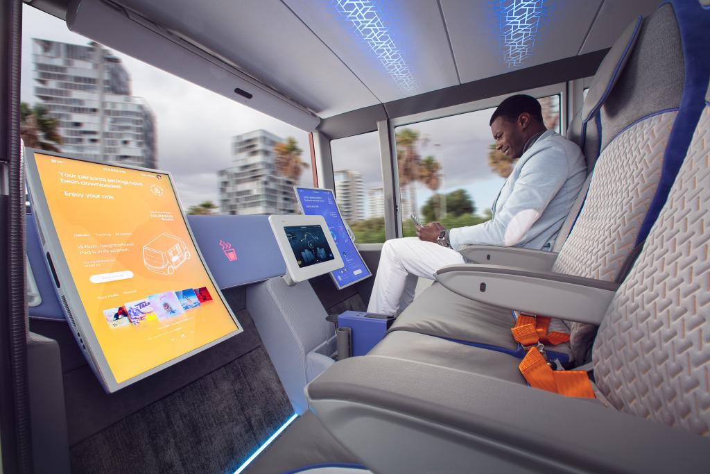 2020 - [Rinspeed] MetroSnap Concept Rinspe21