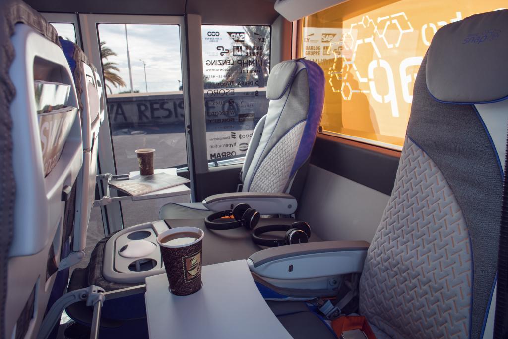 2020 - [Rinspeed] MetroSnap Concept Rinspe24