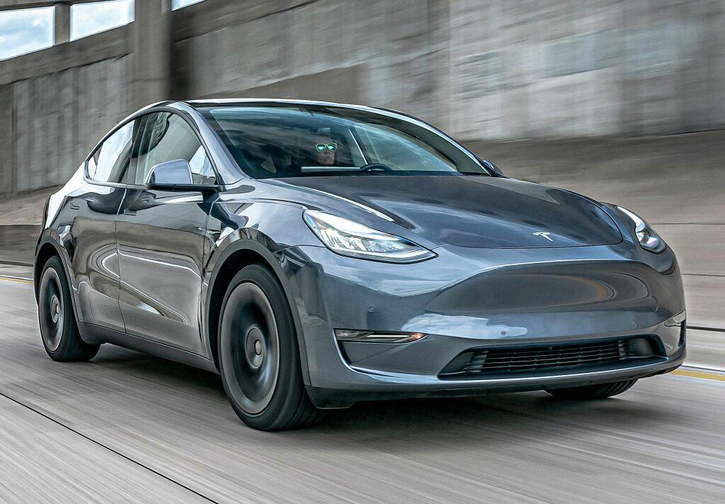 2019 - [Tesla] Model Y - Page 6 Tesla_11