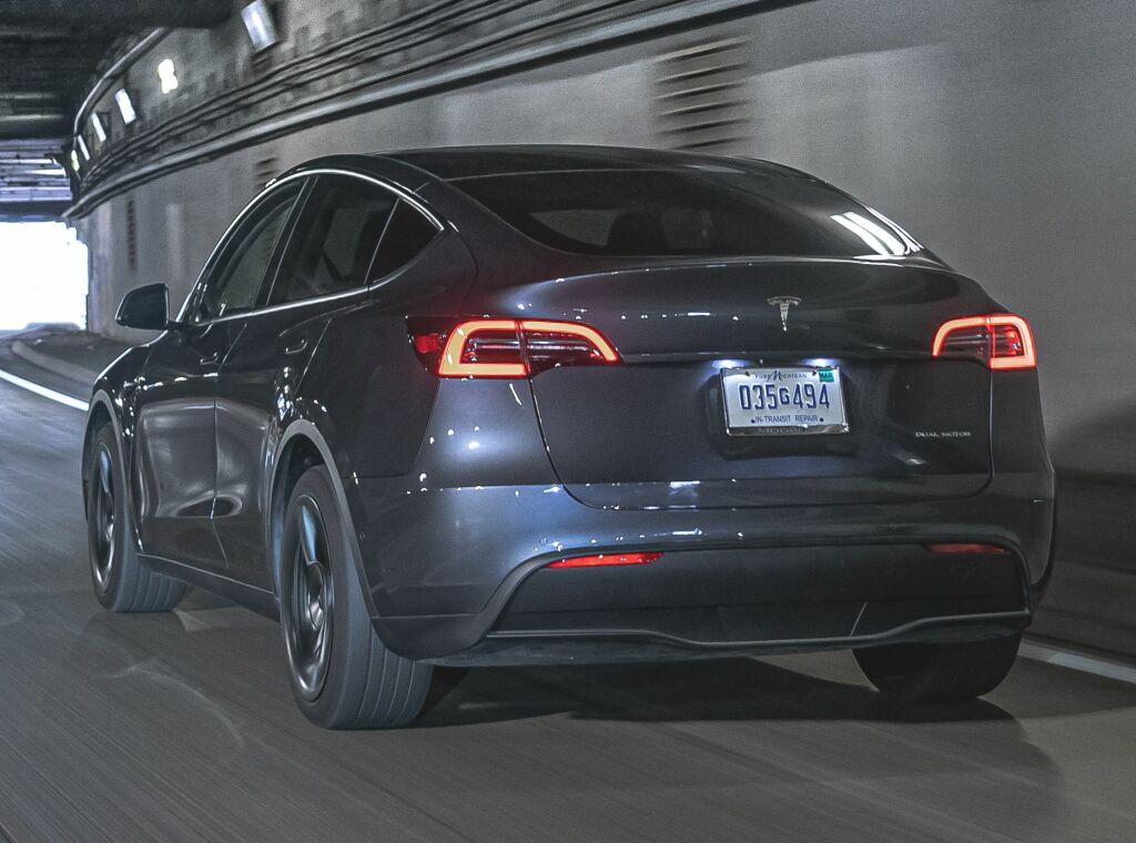2019 - [Tesla] Model Y - Page 6 Tesla_17