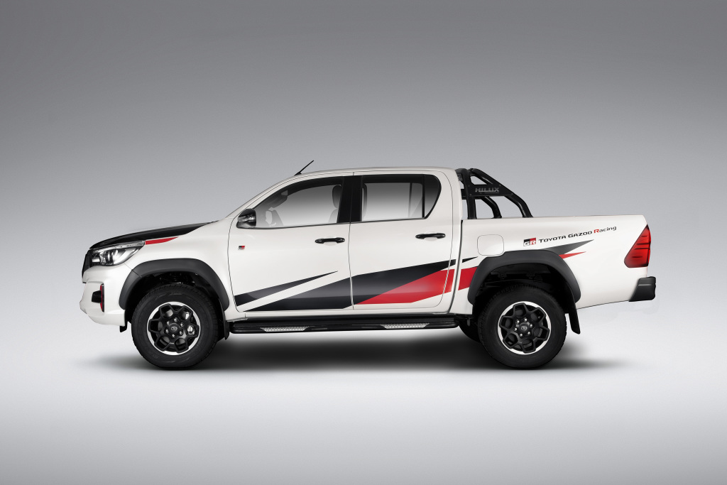 2015 - [Toyota] Hilux - Page 3 Toyota33
