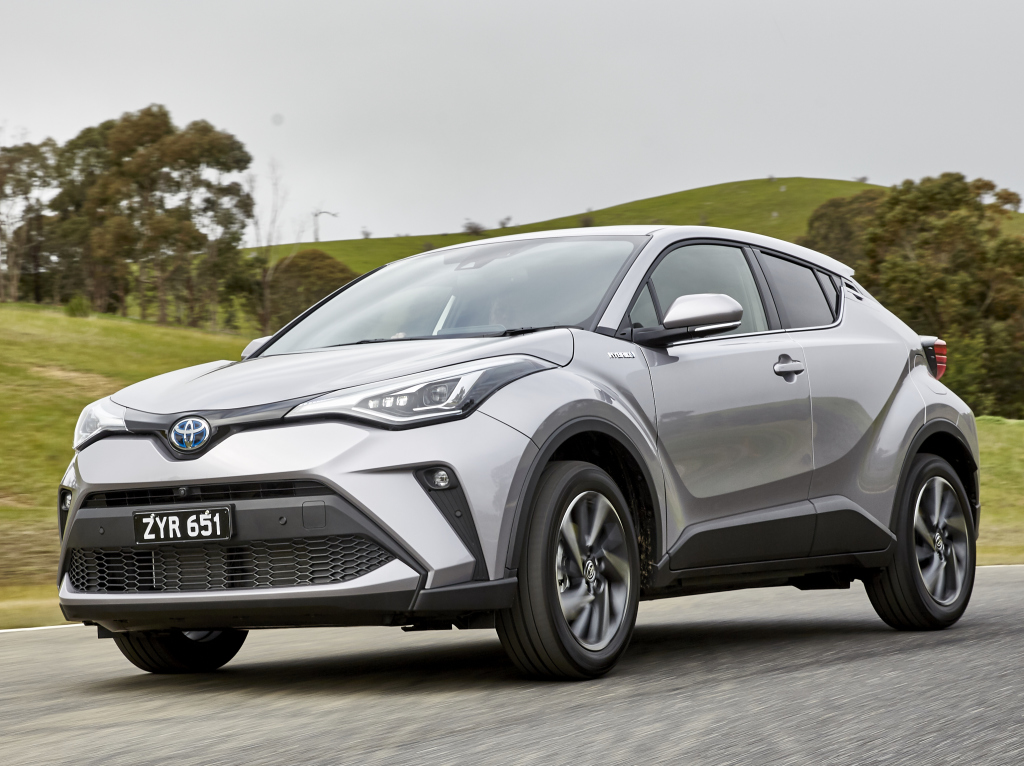 Toyota C-HR Facelift (2019) 12