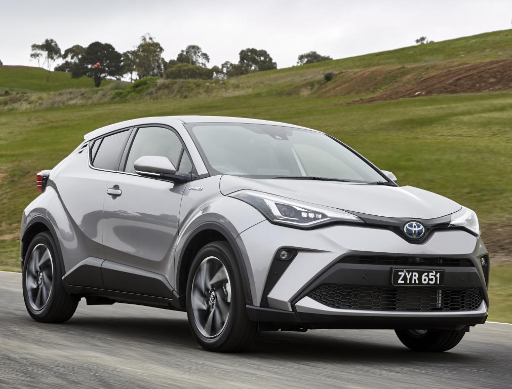 Toyota C-HR Facelift (2019) 13