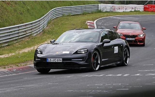 2020 - [Porsche] Taycan Sport Turismo - Page 2 Tt10