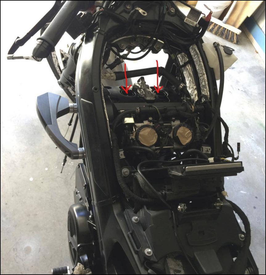 problème de ralenti sur f 800 GT Captur31