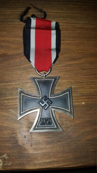 Croix de fer, insigne des blessés argent et insigne d'infanterie 20190315