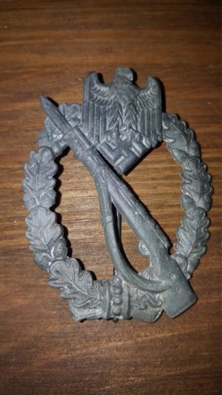 Croix de fer, insigne des blessés argent et insigne d'infanterie 20190319