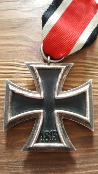 Croix de fer, insigne des blessés argent et insigne d'infanterie 20190322
