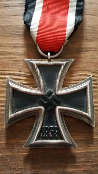 Croix de fer, insigne des blessés argent et insigne d'infanterie 20190323
