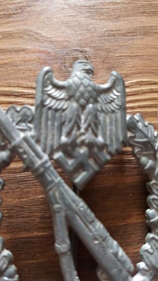 Croix de fer, insigne des blessés argent et insigne d'infanterie 20190324