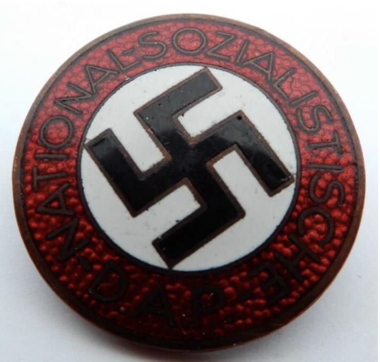 Badge NSDAP 3bc9ee10