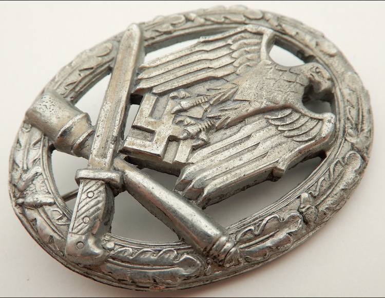 Badge Assaut Général E7ffa910