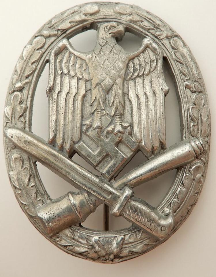 Badge Assaut Général Fac3c210