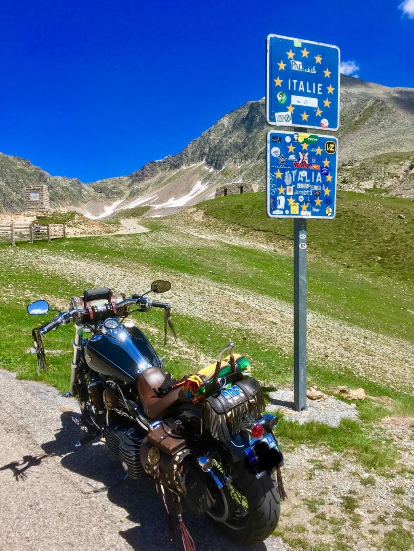 Col de la Lombarde frontière franco-italienne Afb96010