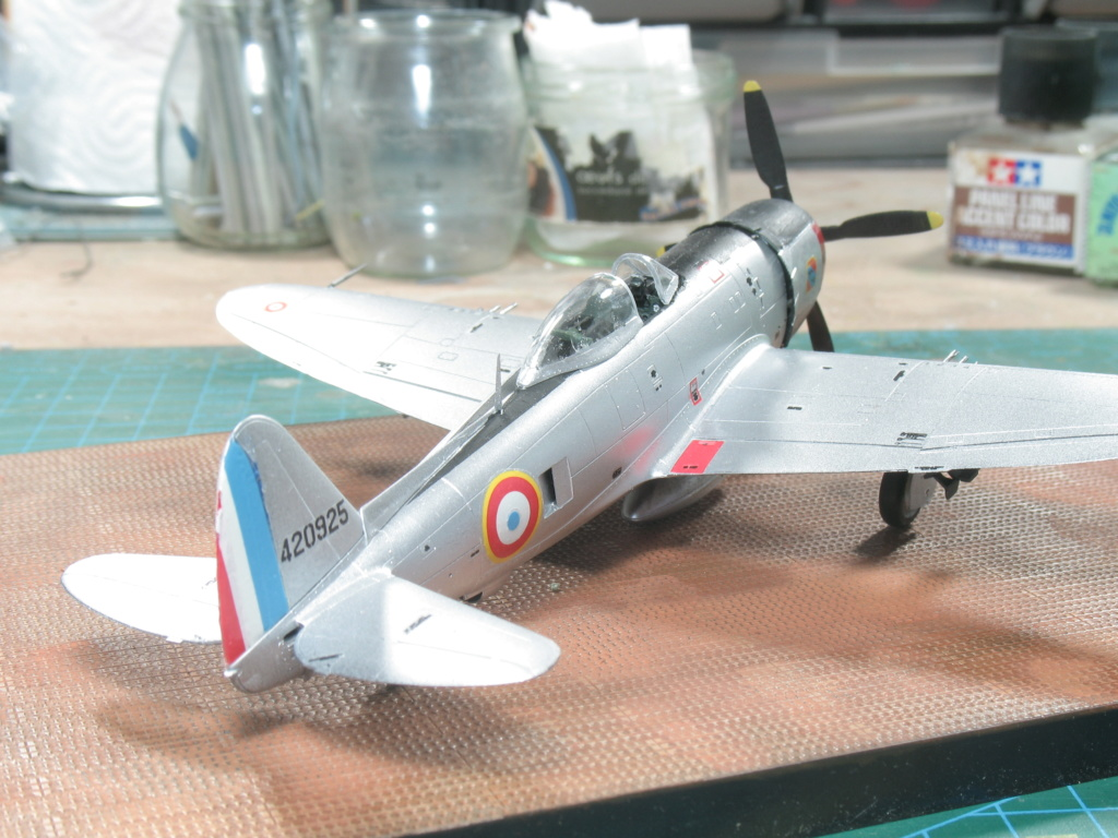 Revell 1/72 Republic P-47D-30 Thunderbolt 04155  Img_2922