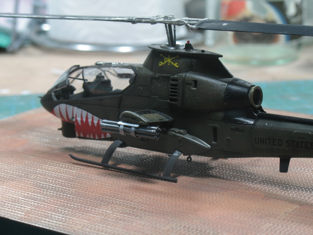"AH-1G Cobra ""Over the USA & Europe"" Special Hobby - SH72278 - 1:72 Img_3014"