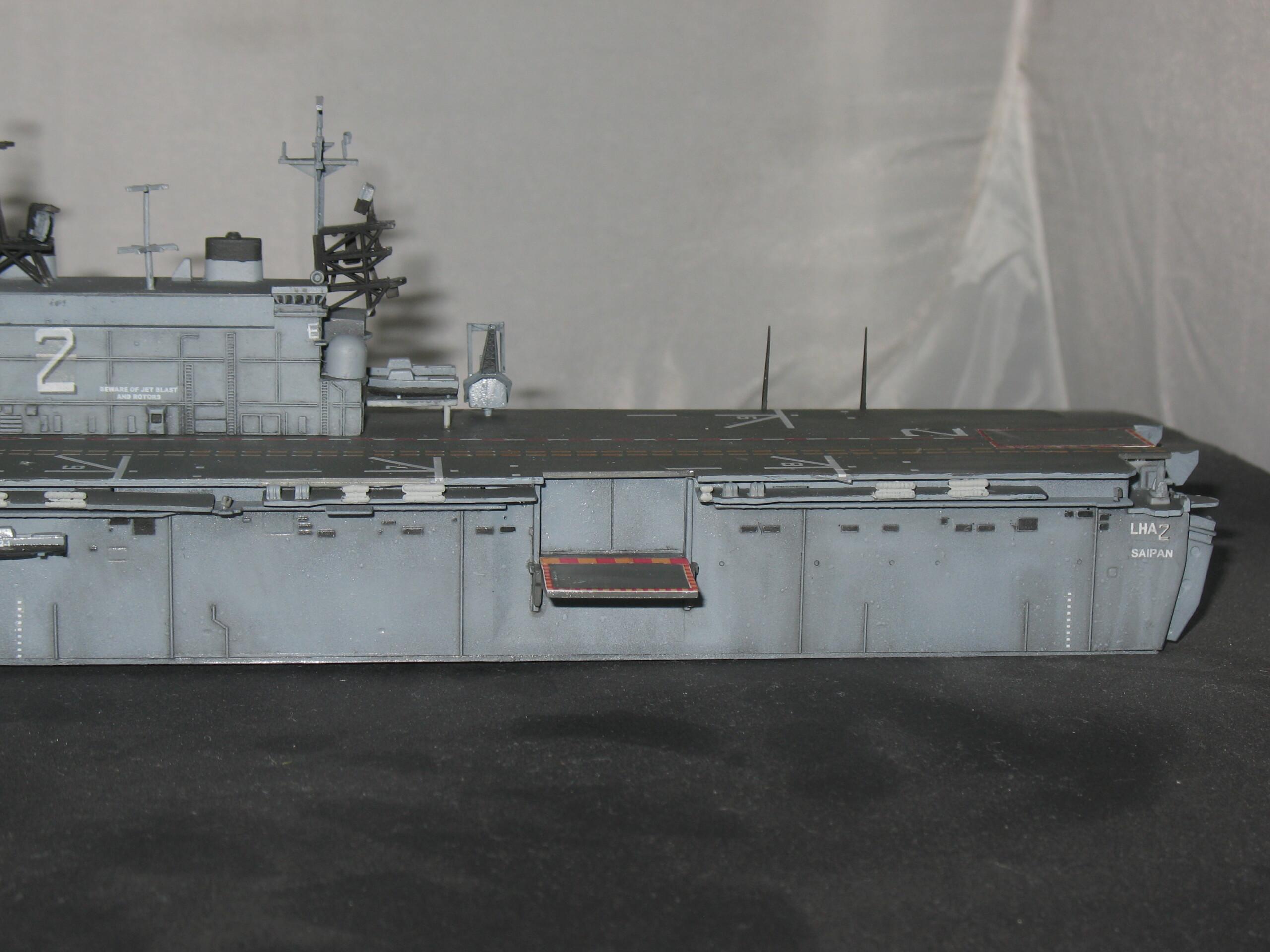 [Dragon] 1/700 USS Saipan LHA-2 Img_3834