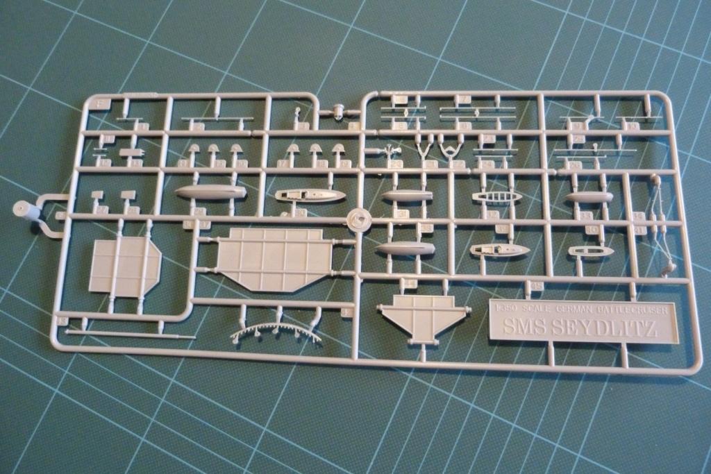 Grosser kreuzer Seydlitz Hobby Boss 1/350 P1030019