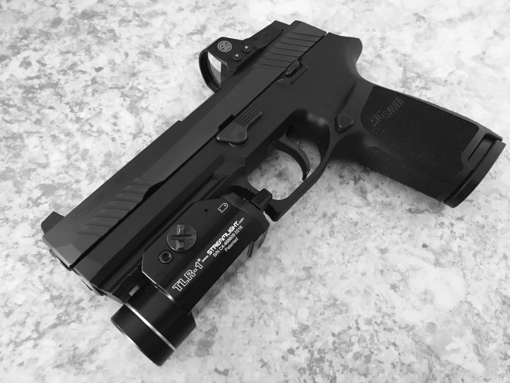 Optic Ready Handgun. Je pourrai pas m'empêcher bien longtemps. D87e6610