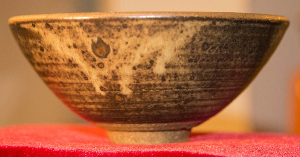 Pair of ceramic bowls - the stamp is quite difficult to read Bbowl116