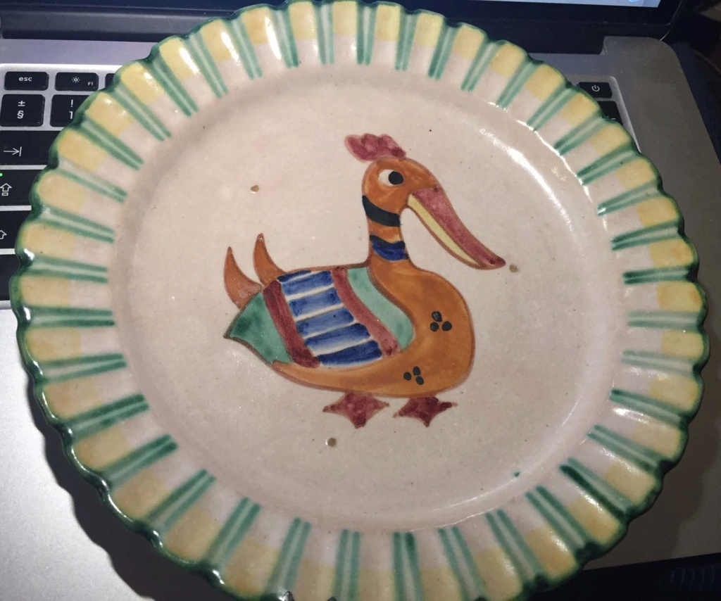 A Stylised Duck on an old plate - Fish Stamp ? Duck_110