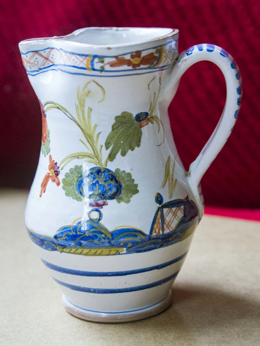 Nice hand-painted jug with no clues - does anyone recognise? Flower15