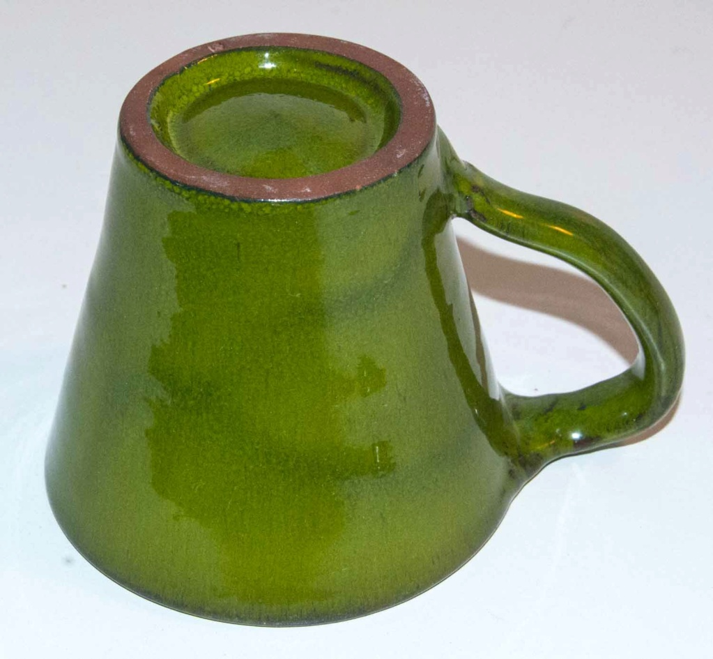 Wonderful Green Cup - but difficult mark Green_32