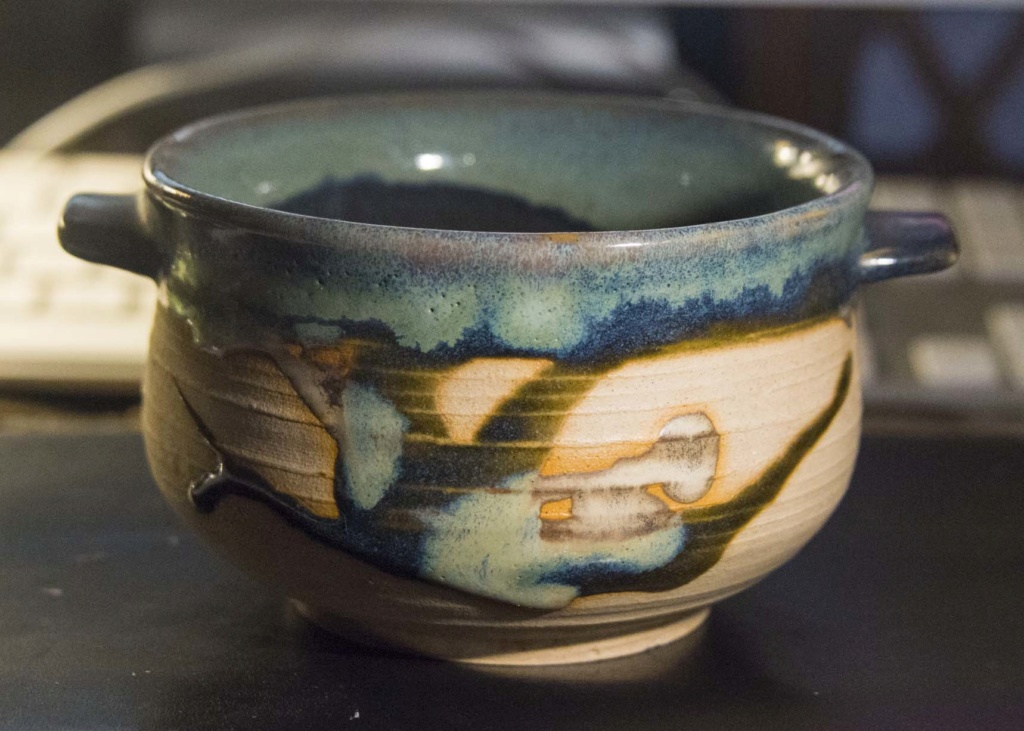 Lovely soup bowl - deceptively difficult mark Soup_b11
