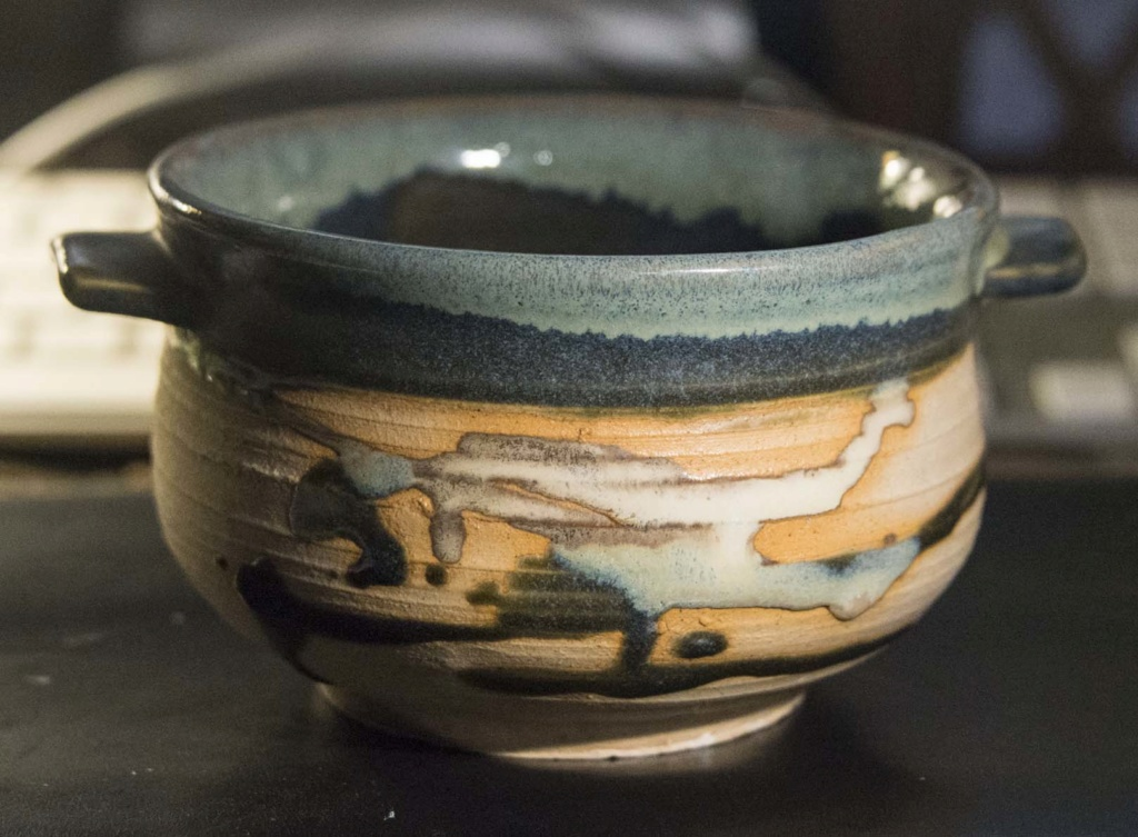 Lovely soup bowl - deceptively difficult mark Soup_b12