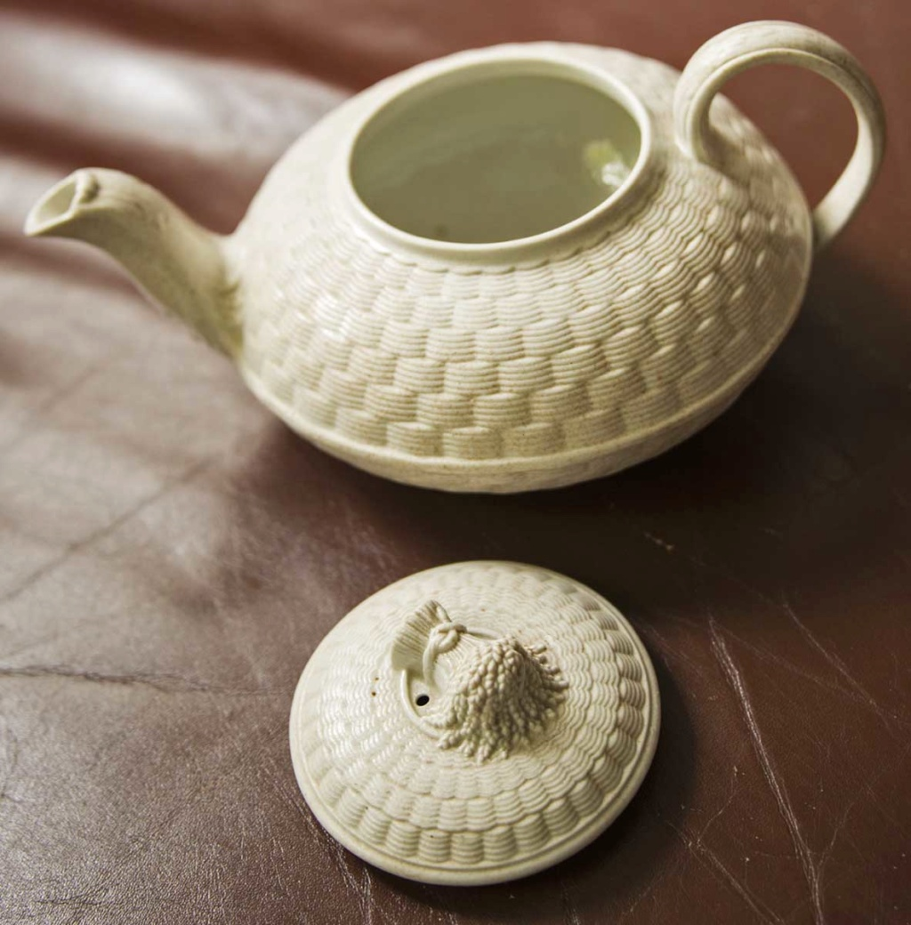 Small Ceramic Teapot - Numbered? Tpot2b10